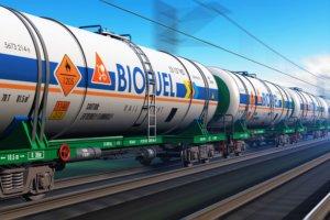 Train carrying biofuel tanks. Photo.